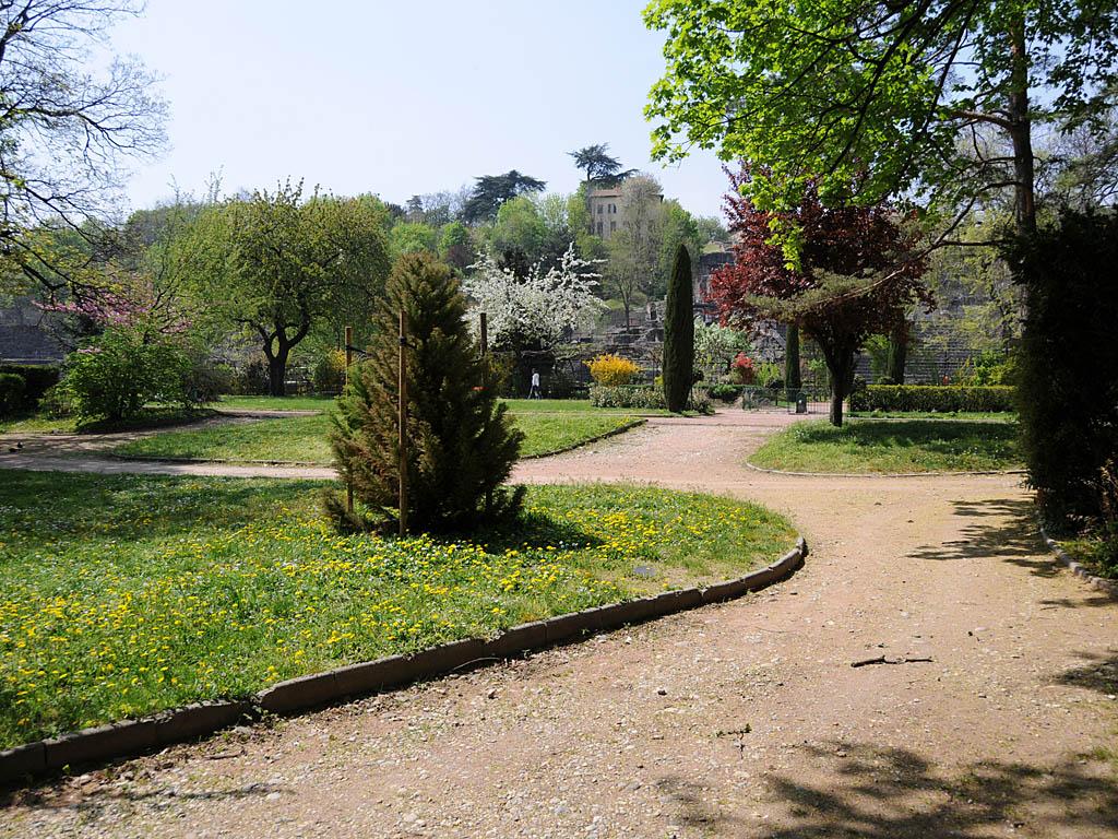 Jardin du parc arch ologique de fourvi re rue de l antiquaille lyon 5 me - Jardin villemanzy lyon lyon ...